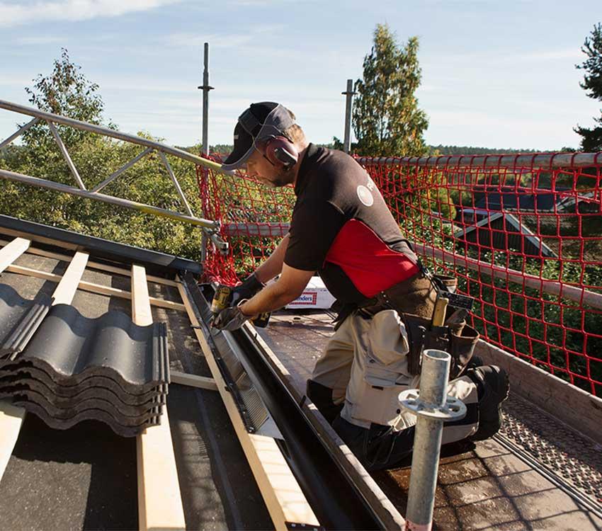 Vi tar ansvar för säkerheten när du byter tak